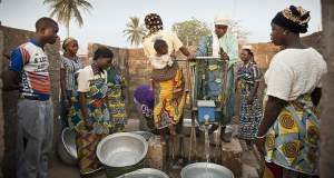 Was Zugang zu Trinkwasser in Benin meint!